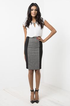 Fall business casual outfit for work // sweater   pencil skirt   ...