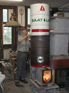 14 bright ideas for a better wood stove Dragon Heater: Horizontal Feed Rocket (U.