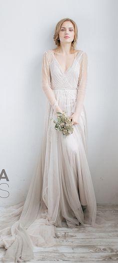 Vestidos de noiva românticos. Marca Rara Avis. aflorarnoivas.com