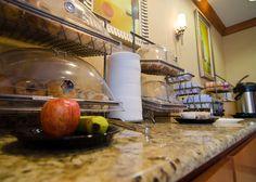 Breakfast is the perfect way to start off your day! Fort Leonard Wood, Fairfield Inn, Kettle, Guest Room, Kitchen Appliances, Breakfast, Modern, Home, Diy Kitchen Appliances