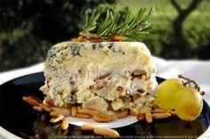 2 idées de dégustation pour cette divine terrine au St Agur : A déguster au cours d'un repas, en remplacement du sempiternel plateau de fromage ! Cette terrine ravira les palais les plus gourmands. ...