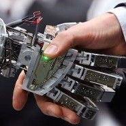 Mensch und Maschine in der Arbeit 4.0 - Wirtschaft - FAZ