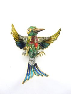 Humming bird pin brooch 18 kt yellow gold by MorningstarsJewelers, $1695.00