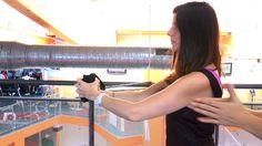 Gloria, editora de belleza de Telva, se somete a un entrenamiento de brazos para chicas con Beatriz Crespo... ¿Conseguirá mejorar la técnica? ¡Entra y descúbrelo! PD: look de #LornaJane :D
