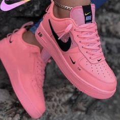 Cute Nike Shoes, Cute Sneakers, Sneakers Nike, Nike Shoes For Women, Adidas Shoes, Popular Nike Shoes, Nike Heels, Adidas Bags, Girls Sneakers
