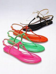 VS Collection ¡NUEVO! Sandalia trenzada con anillo #VictoriasSecret http://espanol.victoriassecret.com/shoes/new-for-spring/braided-o-ring-sandal-vs-collection?ProductID=94935=OLS?cm_mmc=pinterest-_-product-_-x-_-x