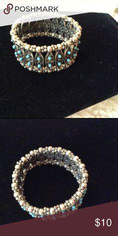 Stretch bracelet. Great looking. Nice accent. Jewelry Bracelets