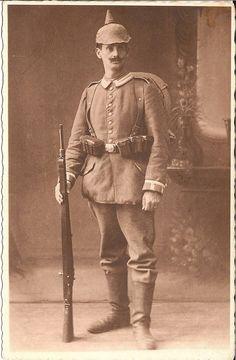 German WWI Spiked helmet Garde Full Kit 1914