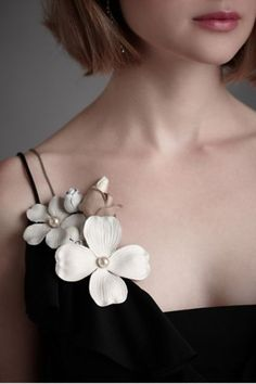 the whipple tree pin from BHLDN Couture Details, Fashion Details, Fashion Tips, Fashion Accessories, Fashion Jewelry, Leather Accessories, Fancy, Fabric Flowers, Bridal Jewelry