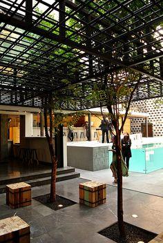 Hotel Carlota, con su concepto urbano, logra equilibrar los espacios públicos de los privados.   Galería de fotos 7 de 27   AD MX