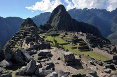 Machu Picchu, Perú. As ruínas incas estão fragilizadas pelo tempo, mas também pelo número de visitantes que escolhem o local como destino turístico.Nove locais turísticos que podem desaparecer