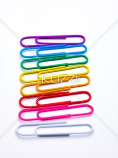 paperclip rainbow - A rainbow made of paperclips