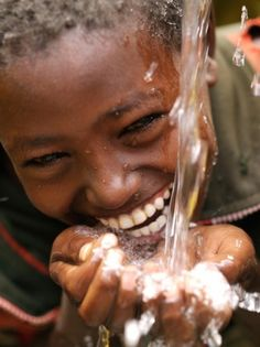 This is just a beautiful picture. Only few know the real joy of simple things like ..water.