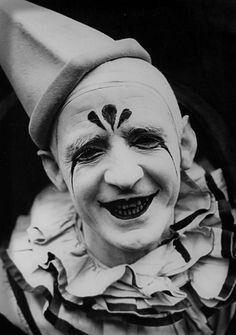 Scary as f*** vintage clown