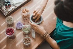 Ready to get serious about a non-toxic lifestyle? Get ready to try moon cycling, henna rinsing, dry brushing and 64 other ways to detox your life.