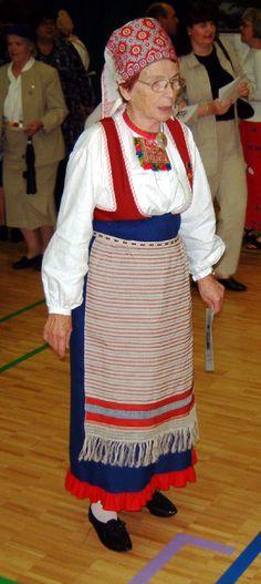 Rautulaisia kuvia Finland, Roots, Apron, Folk, Magic, Costumes, Traditional, Embroidery, History