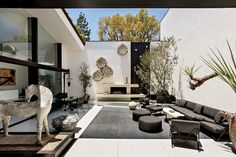 Home by Ellen DeGeneres new book courtyard at the Brody House