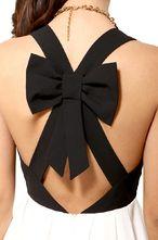 Plissiertes Kleid mit Kreuz-Trägern und Schleife, schwarz-Sheinside