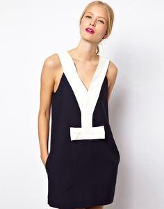 Este vestido marinero de Asos es diferente al resto, tiene un toque muy elegante y creativo.  #Asos #vestido #marinero #mujer #verano #elegante