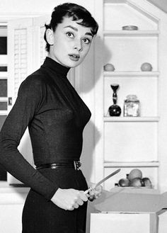 Audrey Hepburn photographed by Earl Theisen (1953)