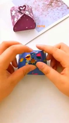 Diy Crafts Hacks, Diy Crafts For Gifts, Diy Home Crafts, Diy Crafts Videos, Creative Crafts, Diy Videos, Art Crafts, Cool Paper Crafts, Paper Crafts Origami