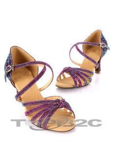 Tissu pourpre unique 2 1/5'' haut talon Womens Latin Shoes      Groupe: Femme     Occasion: Danse latine     Hauteur de Talon: 5.5cm     Type de Talon: Bobine     Bout de Chaussures: Ouvert     Couleur affichée: Violet     Poids: 1kg