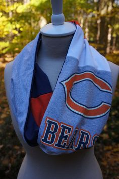 I want, I can probably make too!! Chicago Bears infinity scarf!