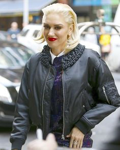 Gwen Stefani Out in NYC October 2015 | POPSUGAR Celebrity