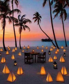 Gili Lankanfushi, Maldives : Romantic honeymoon in Maldives - beach honeymoon Honeymoon Night, Honeymoon Hotels, Best Honeymoon, Places For Honeymoon, Honeymoon Ideas, Beautiful Hotels, Beautiful Places, Wonderful Places, Beautiful Islands
