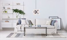 HAPPY soffa, WIRA vägghylla, STONE marmorbord och TAGE taklampa #SvenskaHem #öppenförvaring #Pholc #marmorbord