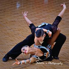 "Timur Imametdinova and Nina Bezzubova - WDSF Grand Slam Amateur Latin Hong Kong July 2017 #BallroomDance #LatinDance  #WDSF #WDSF2017 #WDSFHK2017 #TimurImametdinov #NinaBezzubova #TimurNina…"""