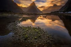 The enchanting Milford Sound in southern New Zealand.- Photo by Iurie Belegurschi .