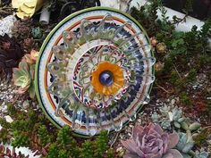 Drought Resistant Plate Flowers. #186.          Garden Yard Art glass and ceramic plate flower