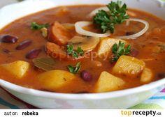 Bramborový gulášek recept - TopRecepty.cz Czech Recipes, Ethnic Recipes, Goulash, Yams, Kitchen Hacks, Thai Red Curry, Stew, Food And Drink, Potatoes