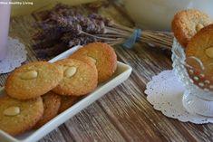 Αμυγδαλωτά χωρίς ζάχαρη με μαστίχα Χίου και πορτοκάλι. Μετατρέπουμε την παραδοσιακή συνταγή σε ένα σούπερ θρεπτικό και γευστικό γλυκό Dessert Drinks, Breakfast For Kids, Healthy Desserts, Doughnut, Healthy Living, Muffin, Sweets, Snacks, Cookies