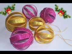 Como Fazer Enfeites para o NATAL: BOLAS NATALINAS - YouTube Easy Christmas Decorations, Easy Christmas Crafts, Holiday Ornaments, Simple Christmas, Quilling Patterns, Quilling Designs, Craft Stick Crafts, Crafts For Kids, Crochet Backpack Pattern