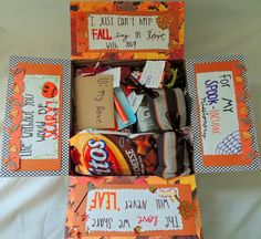 33 Amazing Halloween Care Package Ideas for College Students Spooktacular ideas Halloween that are sure to dazzle any college kid! Fun, spooky, and thoughtful ways to decorate a care package for a student. Missionary Care Packages, Missionary Gifts, Deployment Care Packages, Missionary Girlfriend, Lds Missionaries, Army Girlfriend, Halloween Gift Baskets, Halloween Gifts, Fall Halloween