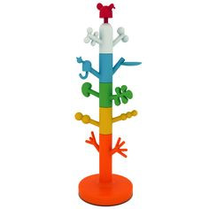 Creator of the renowned Iittala Birds collection, Oiva Toikka, has designed the Paradise Tree coat tree for kids for Magis, Italy. Tree Coat Rack, Coat Tree, Coat Racks, Playroom Furniture, Kids Furniture, School Furniture, Paradise Clothing, Le Totem, Coat Stands