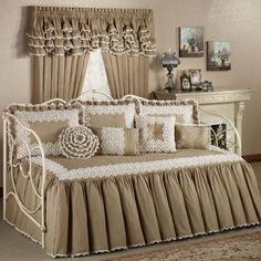 Antiquity Crochet Daybed Set Bedding   Thinking about this one for my 3rd bedroom...white wooden daybed with trumble.  What do you guys think?  What color on the walls?