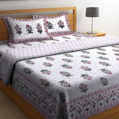White Screen Print Reversible Double Bed AC Comforter.#comforters #bedcomforters #comfortersonline #cottoncomforters #accomforters #summercomforters #bestcomforters King Size Bedding Sets, Cotton Bedding Sets, Bedding Sets Online, Comforter Sets, Comforters Online, Beautiful Bedding Sets, Cool Comforters, Wooden Street, Buy Bed