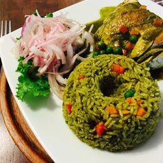 La maravillosa comida peruana -  Arroz con pollo! #Peruvianfood #foodie