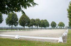 Renovatie toplaag & polyvlokken wit Ruitersportcentrum