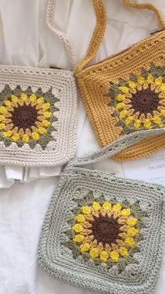 Crochet Sunflower, Blanket, Purses, Crotchet, Crochet Ideas, Crocheting, Macrame, Hobbies, Handmade