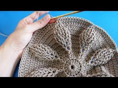 Best 7 Make and Profit: 26 Modelle von Häkeltasche mit Grafik ⋆ Front . Crochet Leaves, Crochet Circles, Crochet Round, Free Crochet, Crochet Bag Tutorials, Diy Crafts Crochet, Crochet Videos, Crochet Clutch, Crochet Handbags