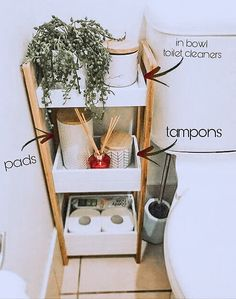 Home Interior Apartment bathroom organization idea for your first apartment in college bao almacenaje.Home Interior Apartment bathroom organization idea for your first apartment in college bao almacenaje Diy Casa, Bathroom Organisation, Storage Ideas For Bathroom, Cute Bathroom Ideas, Home Storage Ideas, Bathroom Inspo, Diy Storage, Organized Bathroom, Small Space Storage