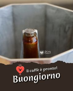 Italian Humor, Foto Poster, Good Morning, Video, Good Day Quotes, Good Morning Greetings, Good Morning Quotes, Borders And Frames, Bonjour