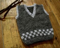 Hand knit wool baby vest, grey boys vest, Grey Knitted Baby Vest, Wool Baby vest… – The Best Ideas How To Start Knitting, Knitting For Kids, Knitting For Beginners, Baby Knitting, Knitted Baby, Knitting Needles, Free Knitting, Toddler Vest, Kids Vest