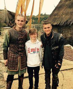 Vikings Show, Vikings Tv Series, Vikings Rollo, Ragnar Lothbrok, Sons Of Ragnar, Bracelet Viking, Viking Quotes, Viking Series, Ivar The Boneless