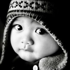 I think this is a Peruvian baby. So beautiful. Children all over the world are so beautiful. <3 Please take care of the children. They are our precious gifts.