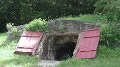 Sister Threads Farm: Building a Root Cellar: Tips and a Collection of Photos